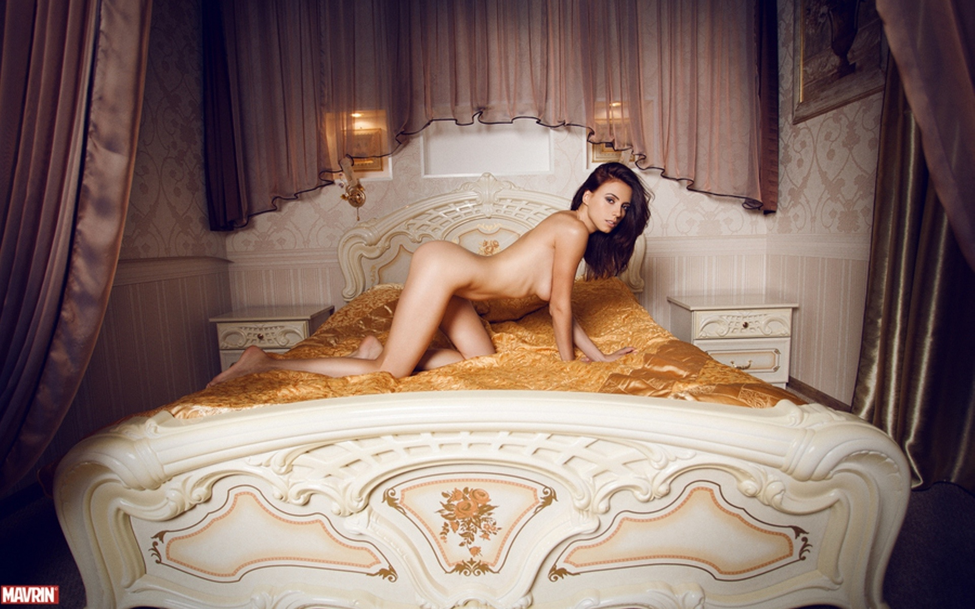 Эротические кровати @ 18-porno.ru